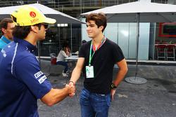 (Kiri ke Kanan): Felipe Nasr, Sauber dengan Pedro Piquet, Racing Driver dan putra dari Nelson Piquet