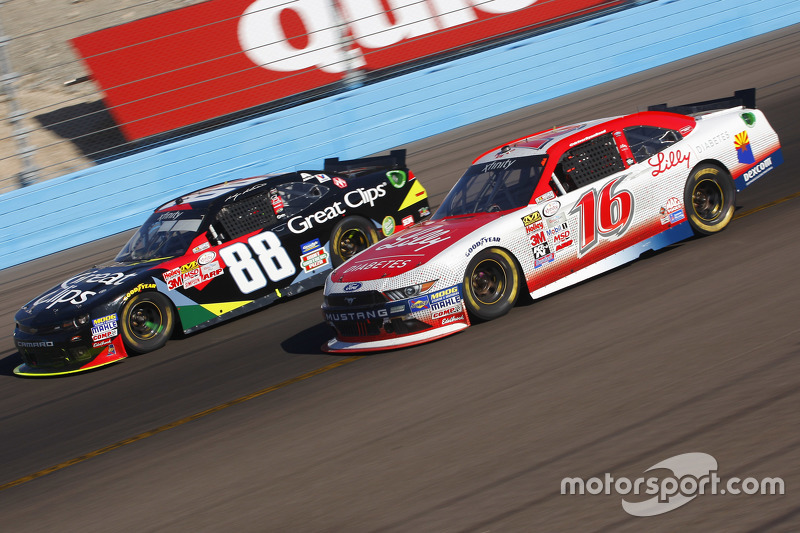 Ryan Reed, Roush Fenway Racing Ford and Kasey Kahne, JR Motorsports Chevrolet