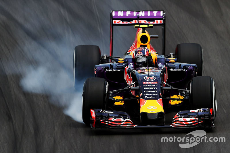 #5: Daniil Kvyat, Red Bull Racing RB11