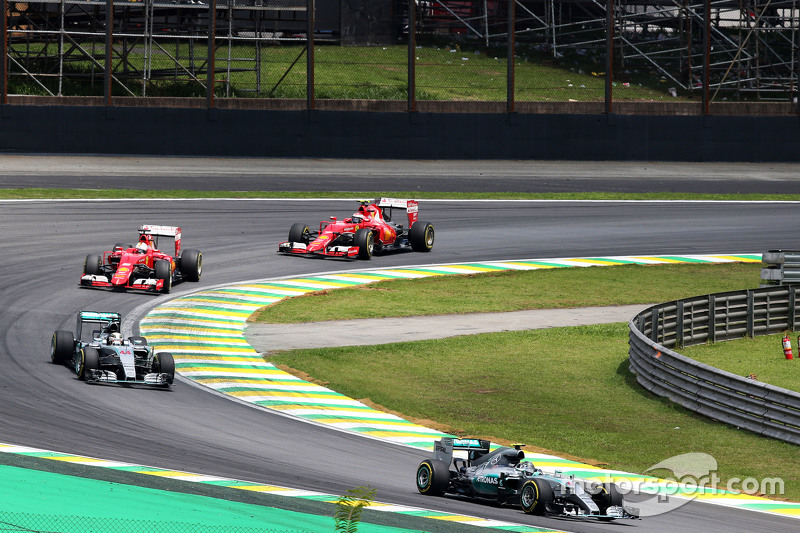 Ніко Росберг, Mercedes AMG F1 W06 на початку гонки