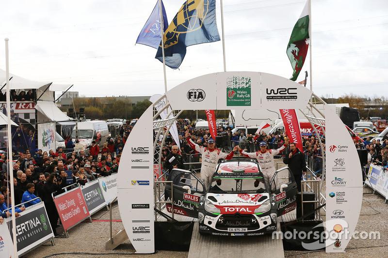 Podium: 2. Kris Meeke und Paul Nagle, Citroën World Rally Team