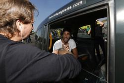 Daniel Ricciardo et le fondateur de la ROC Fredrik Johnsson
