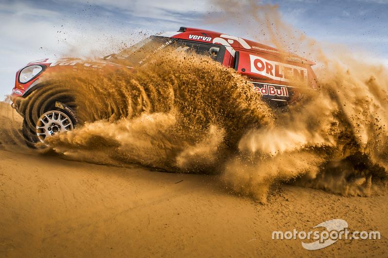 #4: Adam Malysz in der Wüste