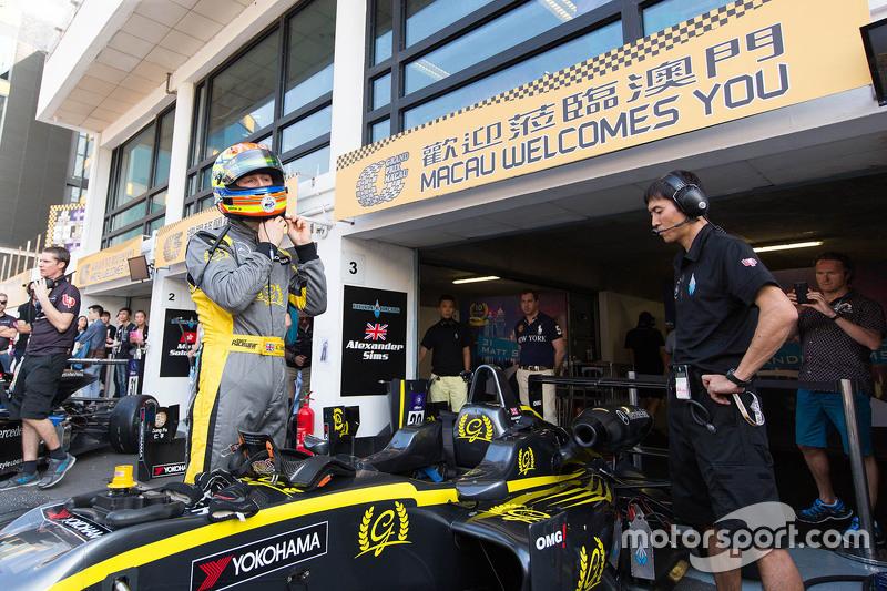 Alexander Sims, Double R Racing, Dallara Mercedes