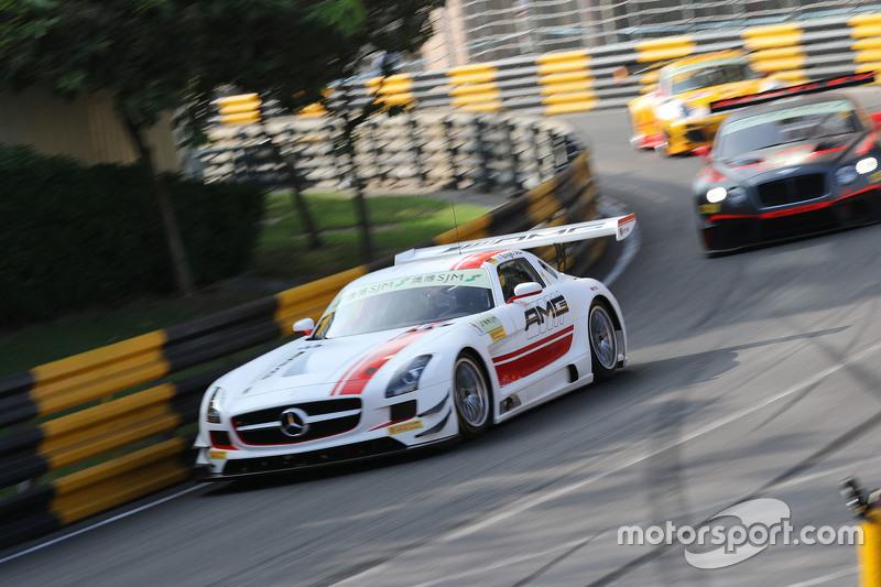 Maro Engel, Mercedes AMG Driving Academy Mercedesu2013Benz SLS AMG GT3