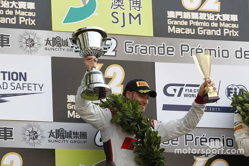 Podium: second place Edoardo Mortara, Audi Sport Team Phoenix