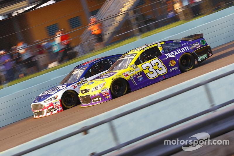 Trevor Bayne, Roush Fenway Racing Ford; Ty Dillon, Chevrolet