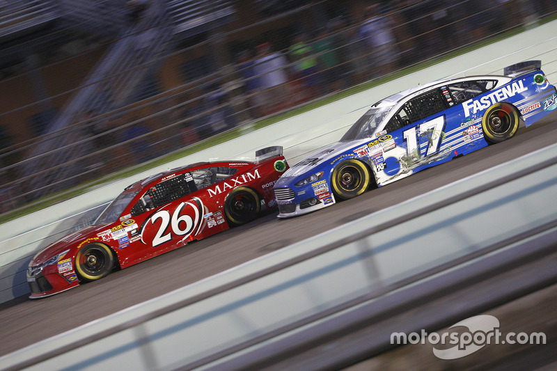 J.J. Yeley, BK Racing Toyota; Ricky Stenhouse Jr., Roush Fenway Racing Ford