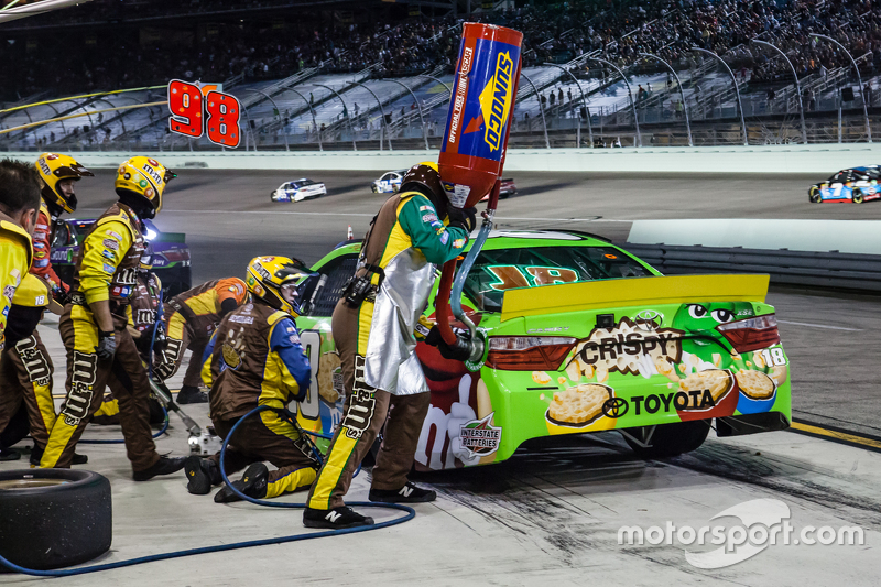 Boxenstopp bei Kyle Busch, Joe Gibbs Racing Toyota