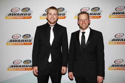 Juara Xfinity Series 2015 Chris Buescher bersama Regan Smith