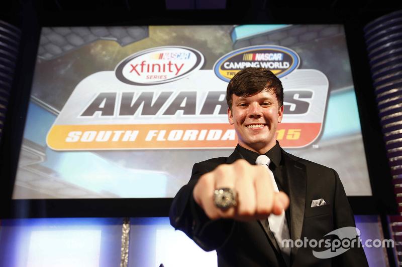 NASCAR Truck Чемпіон серії Ерік Джонс