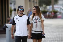 Fernando Alonso, McLaren con la fidanzata Lara Alvarez