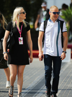 Valtteri Bottas, Williams with his girlfriend Emilia Pikkarainen