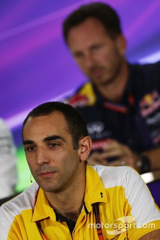 Cyril Abiteboul, Renault Sport F1 Managing Director in de FIA persconferentie