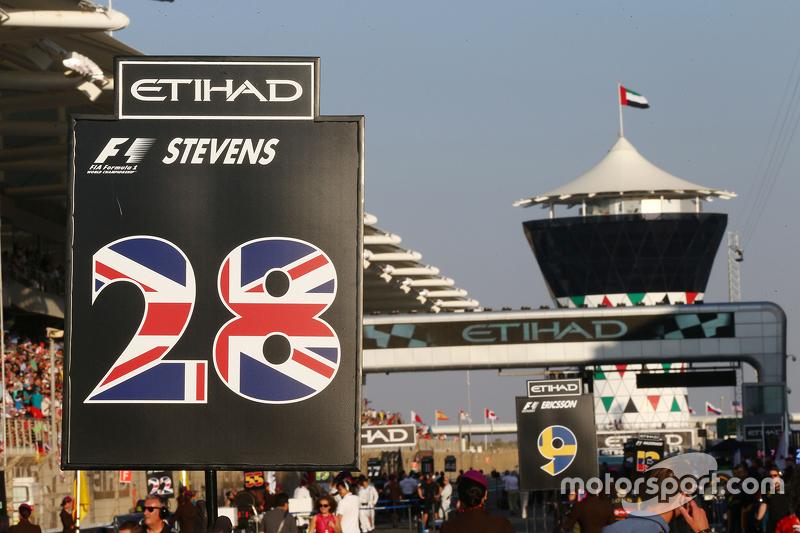 Boxentafel für Will Stevens, Manor Marussia F1 Team