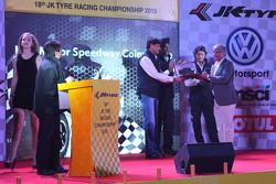 2015 JK Tyre ödülü