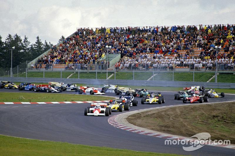 Keke Rosberg, Williams in trouble on first lap
