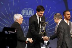 Льюис Хэмилтон, Mercedes AMG F1, Берни Экклстоун, Тото Вольф, Mercedes AMG F1 и Жан Тодт, президент