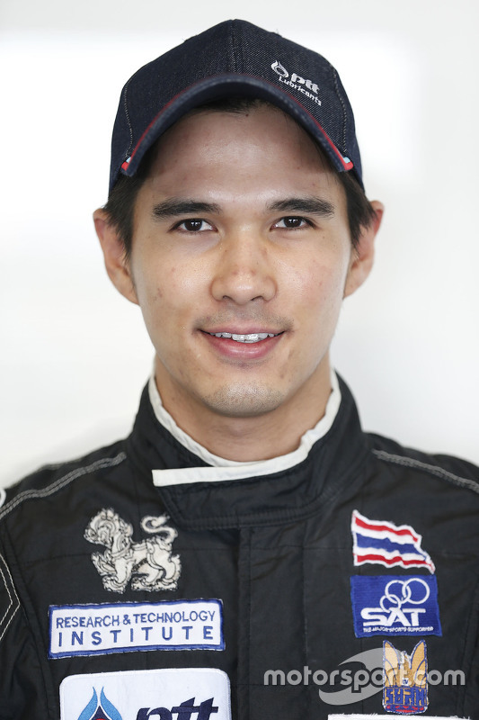 Tin Sritrai, Campos racing