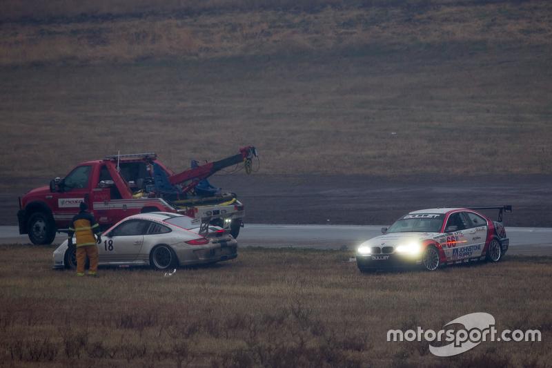 #66 Bullet Motorsport 2, BMW 330Ci: David DePillo, Brett Strom, Harol Petit, Tristan Littlehale, Joseph DePillo, Mark Mitchell