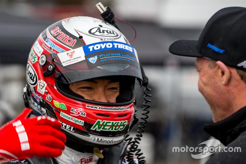 Race winner Tomonobu Fujii