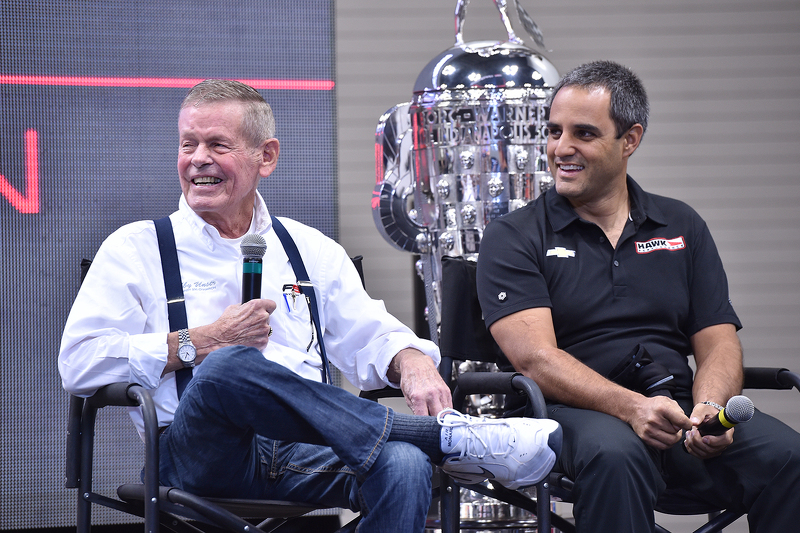 Bobby Unser with Juan Pablo Montoya in 2015