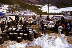 Ari Vatanen und Terry Harryman, Peugeot 205 T16