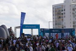 Podio: il vincitore Sébastien Buemi, Renault e.Dams, secondo Lucas di Grassi, ABT Schaeffler Audi Sport, terzo  Jérôme d'Ambrosio, Dragon Racing