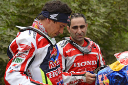 Joan Barreda and Paulo Goncalves, Honda