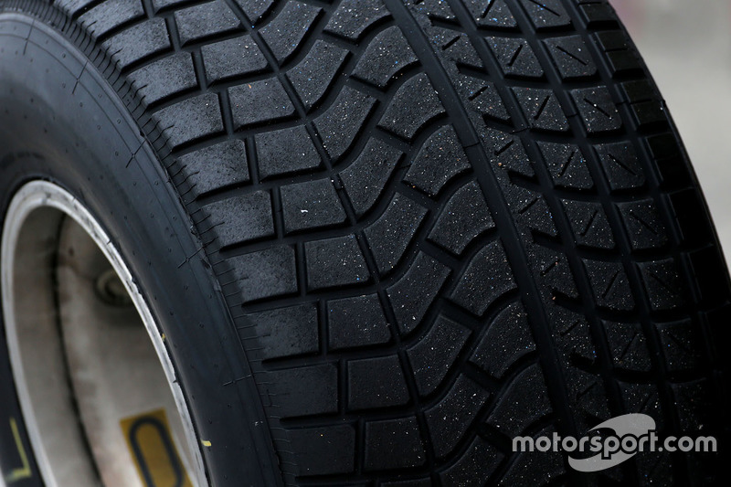 Pirelli tire detail