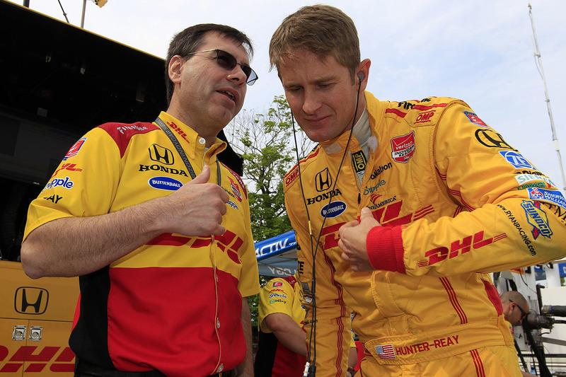 Ryan Hunter-Reay and race engineer Ray Gosselin