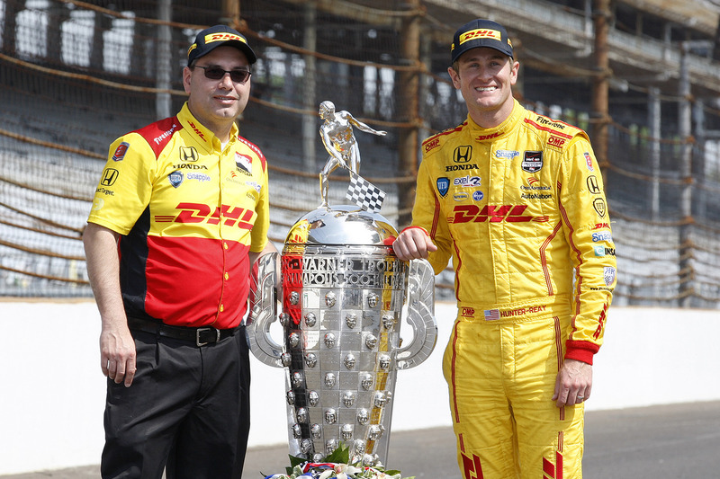 Winner Ryan Hunter-Reay and race engineer Ray Gosselin