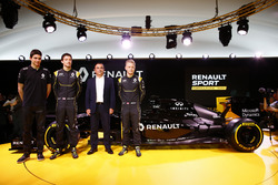 Carlos Ghosn, Renault President with drivers Jolyon Palmer, Kevin Magnussen and Esteban Ocon, Renault F1 tests driver