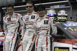 Rick Kelly, Florian Strauss und Katsumasa Chiyo, Nissan Motorsports