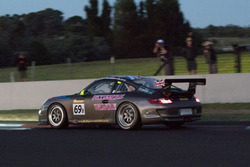 #69 APO Sport Porsche 997 GT3 Kupası: Alex Osborne, James May, Paul May