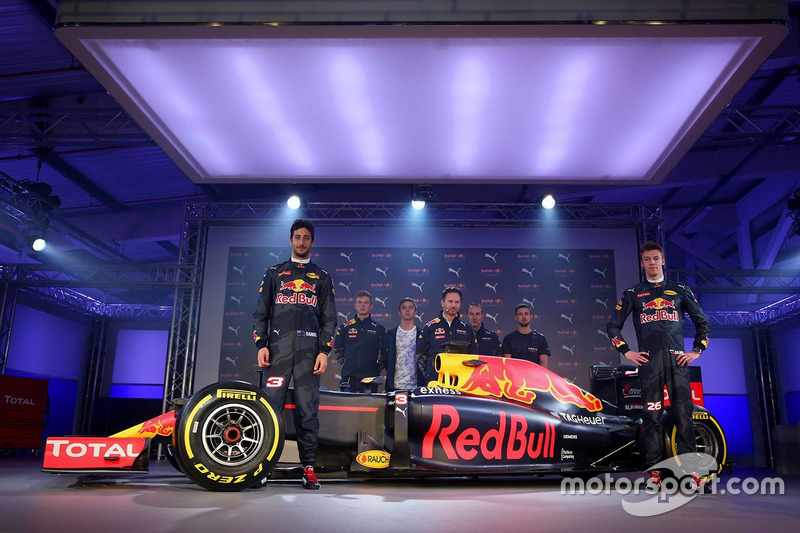 Lanzamiento Red Bull Racing RB12