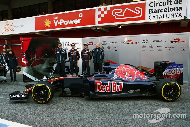 James Key, Director técnico de Toro Rosso con Max Verstappen, Scuderia Toro Rosso, Carlos Sainz Jr., Toro Rosso y Franz Tost, Scuderia Toro Rosso Director del equipo