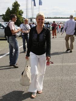 Corina Schumacher, Corinna, Wife of Michael Schumacher arrives at the track