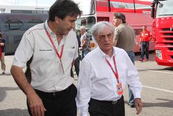 Pasquale Lattuneddu, FOM, Formula One Management and Bernie Ecclestone, President and CEO of Formula One Management