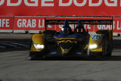 #26 Andretti Green Racing Acura ARX-01B: Franck Montagny, James Rossiter in traffic