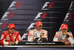 Conférence post-qualifications: Lewis Hamilton, vainqueur de la pole position, Felipe Massa, deuxième et Heikki Kovalainen, troisième