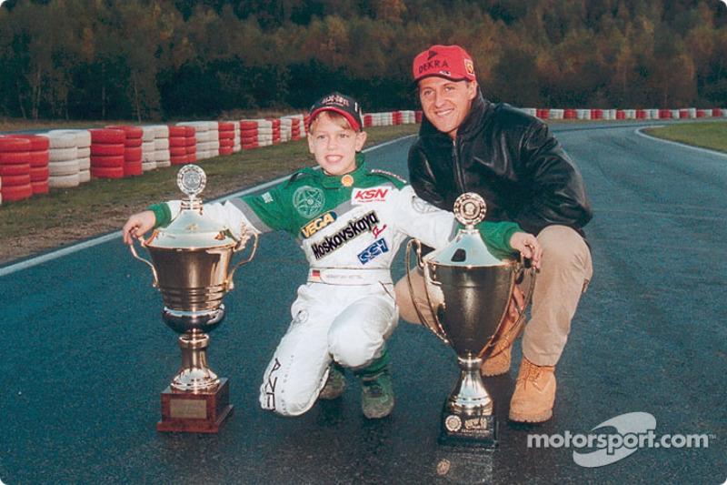 Los próximos cinco años de la Fórmula 1 serían protagonizados por Schumacher (En la foto con Sebastian Vettel, de 12 años).