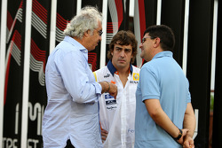 Flavio Briatore, Renault F1 Team, Team Chief, Managing Director, Fernando Alonso, Renault F1 Team, Luis Garcia Abad, Manager of Fernando Alonso