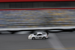 #68 TRG Porsche GT3: Kevin Buckler, Andy Lally, Spencer Pumpelly