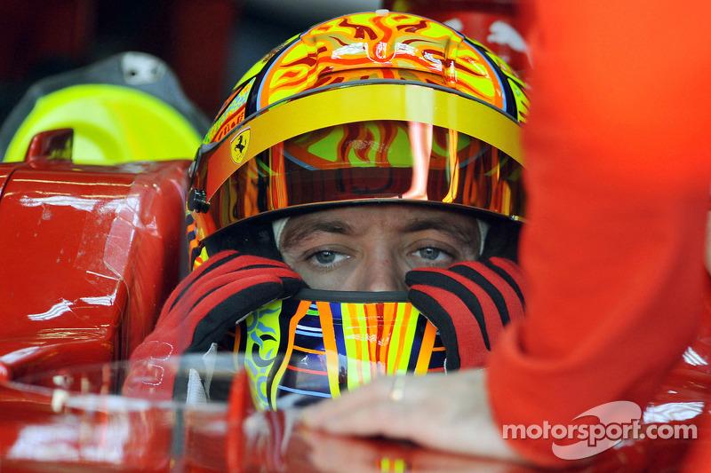 Valentino Rossi dans la Ferrari F2008