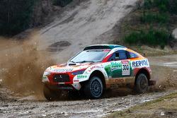Repsol Mitsubishi Ralliart Team: Stéphane Peterhansel and Jean-Paul Cottret
