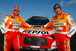 Repsol Mitsubishi Ralliart Team: driver Nani Roma and co-driver Lucas Cruz Senra with the #304 Mitsubishi Lancer