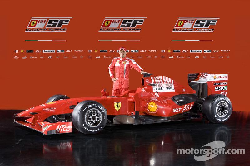 Felipe Massa con el nuevo Ferrari F60