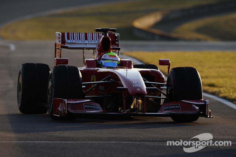 Felipe Massa prueba el nuevo Ferrari F60