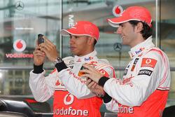 Lewis Hamilton and Pedro de la Rosa